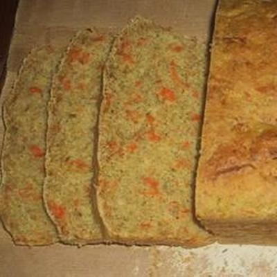 pan de tomillo de zanahoria