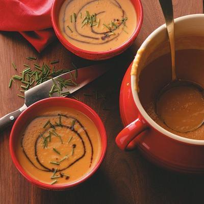 Sopa de calabaza y pera con curry