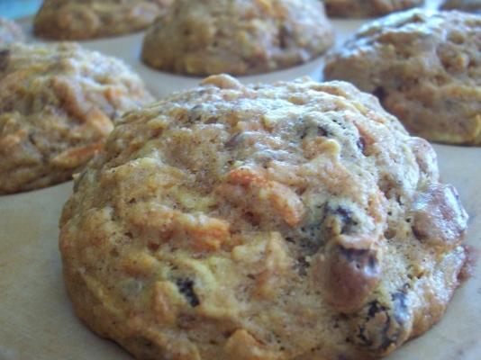 muffins de zanahoria, pasas y manzana con bajo contenido de grasa