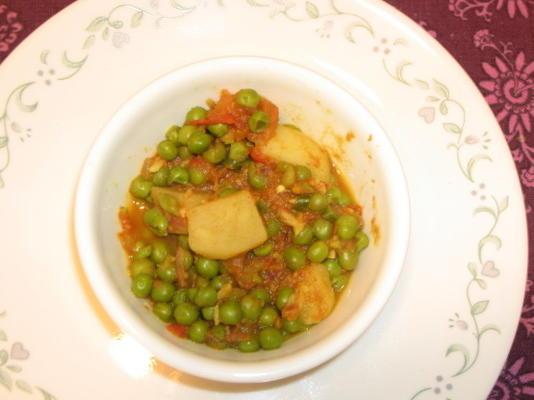 aaloo mattar (guisantes y patatas al estilo indio)