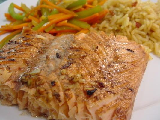 salmón a la plancha de limón y soja