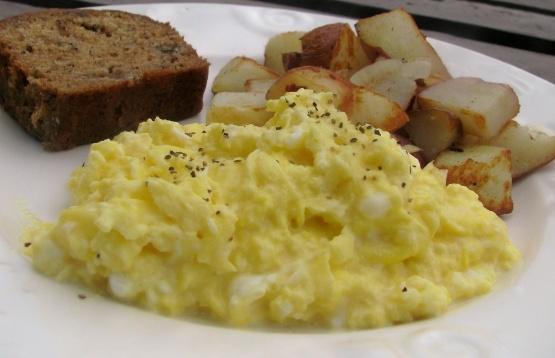 Huevos revueltos súper cremosos
