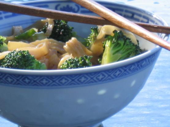 Ensalada de fideos / brócoli